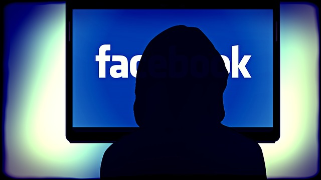 Come eliminare le notifiche email Facebook