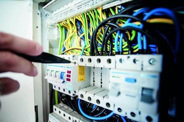 L'Italia e il governo spingono ancora sulla banda larga