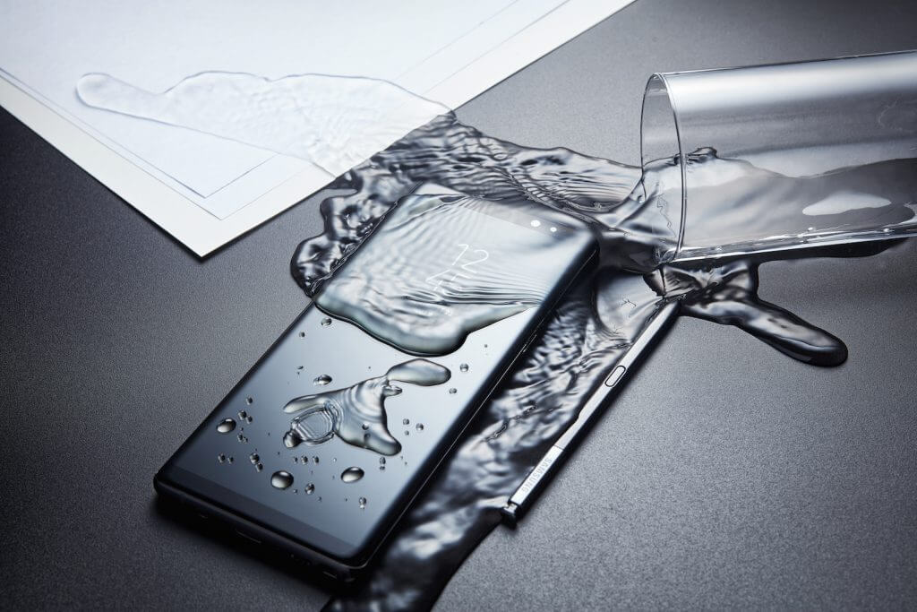 Samsung Galaxy Note 8 Resiste all'acqua